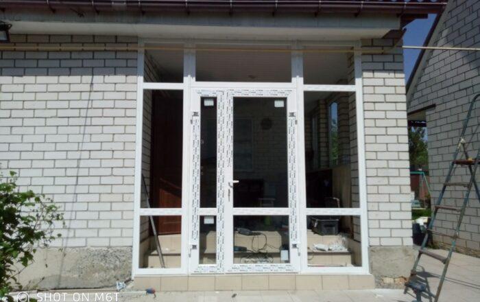 Установка пластиковых окон и входных дверей в частном доме/с.Мартусо́вка  Киевская обл.