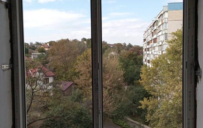 Установка пластиковых окон профиль рехау/ул. Петропавловская, 12 Киев