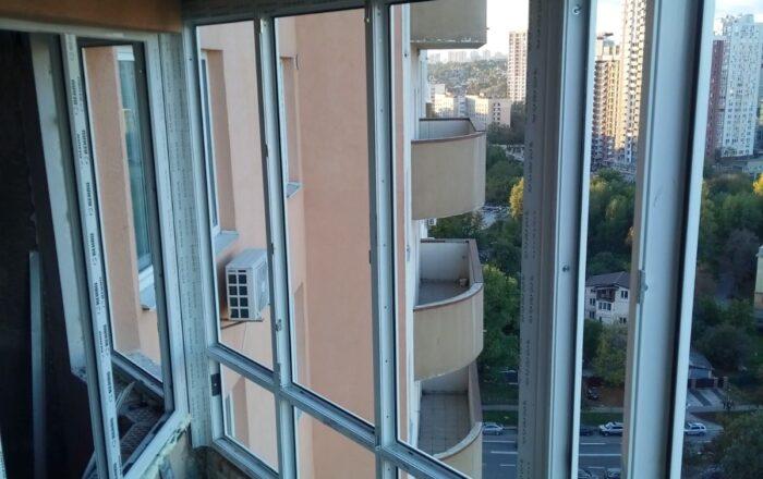 Установка балкона профиль Rehau/Демеевская 13 Киев
