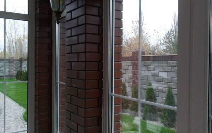 Установка металлопластиковых окон и дверей в частном доме/Гореничи Киевская область